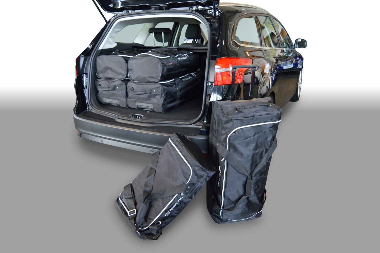 Car Bags Ford Focus Station 2011-